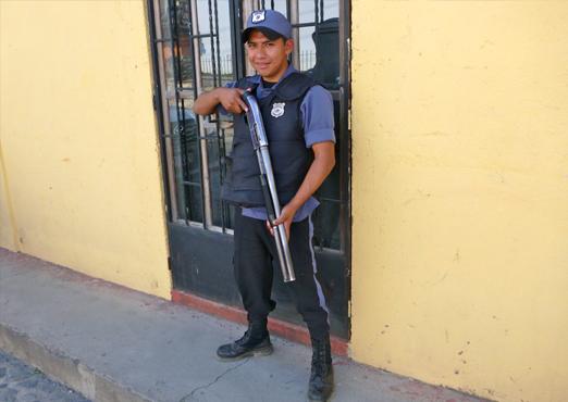 jeremy-guard-polizia